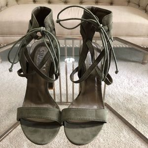 Simmi Shoes army green heel sandals- size 10